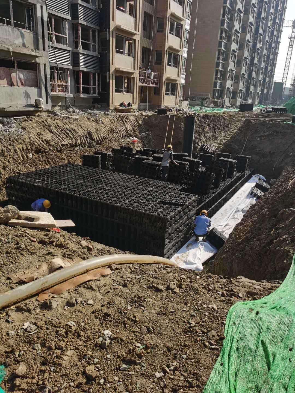 金凤梧桐华苑雨水收集回用系统签约并施工1