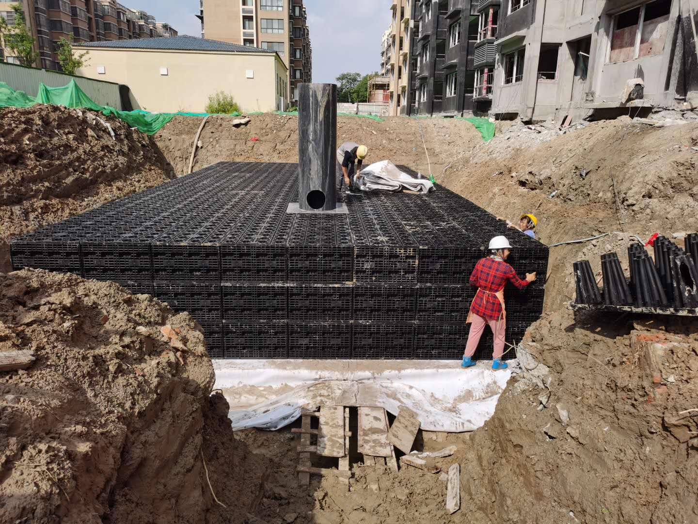 金凤梧桐华苑雨水收集回用系统签约并施工2